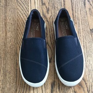 Toms Luca Navy Textured Canvas New